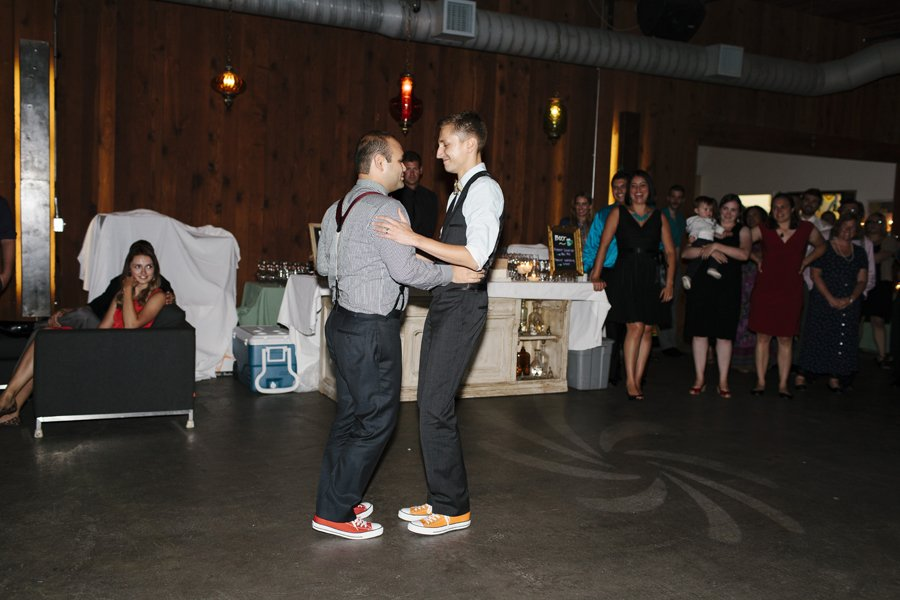 Epic Dance Party Wedding // Emily Wenzel Photography