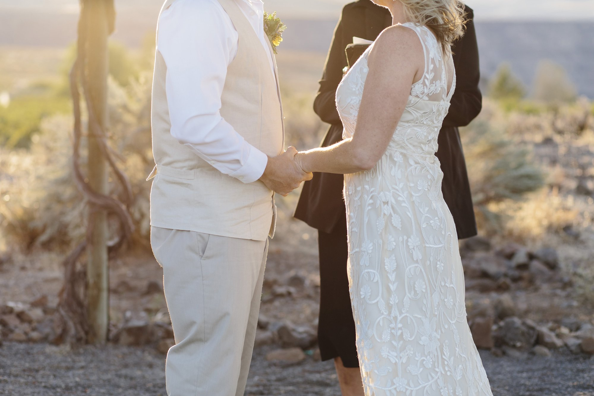 Elope at Sunset in Washington // Emily Wenzel Photography
