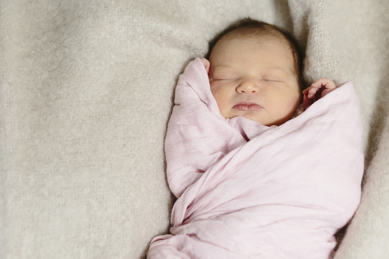 Spokane Newborn Fresh 48 Photography // Emily Wenzel Photography