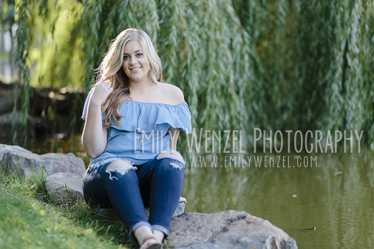 Spokane Senior Session // Emily Wenzel Photography