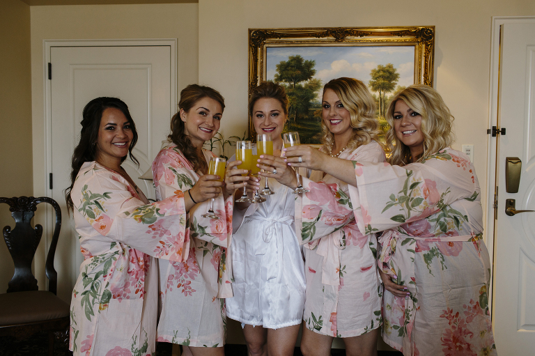 June Wedding at the Historic Davenport Hotel // Emily Wenzel Photography