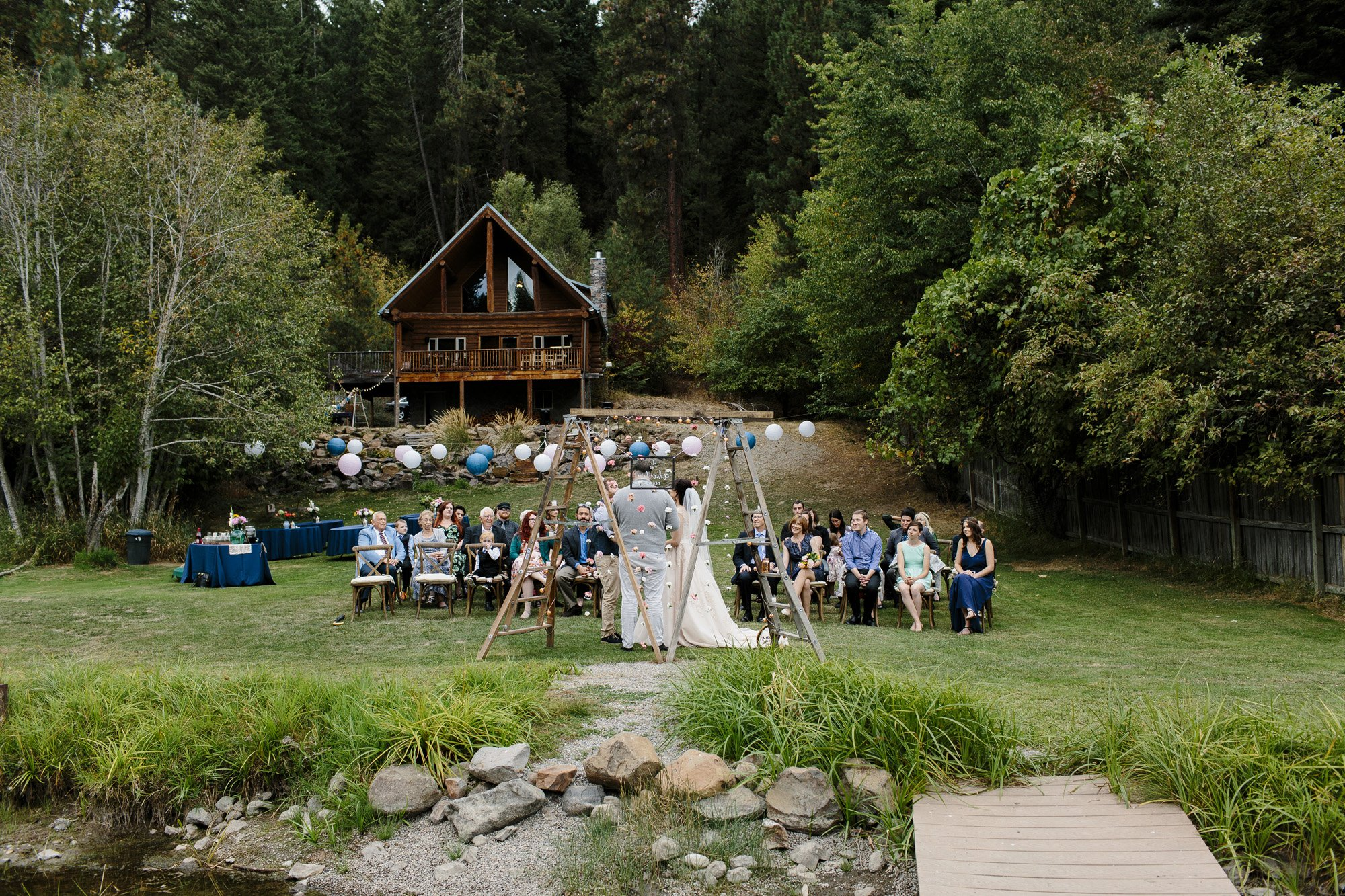 Coeur d'Alene Lake Wedding // Emily Wenzel Photography