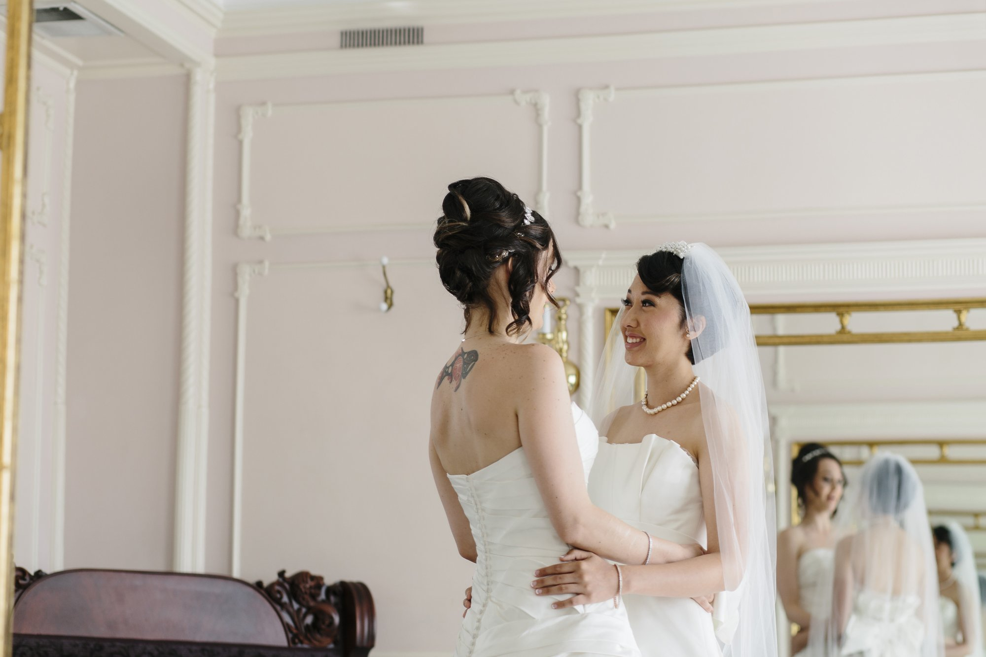 Spokane Davenport LGBT Wedding // Emily Wenzel Photography