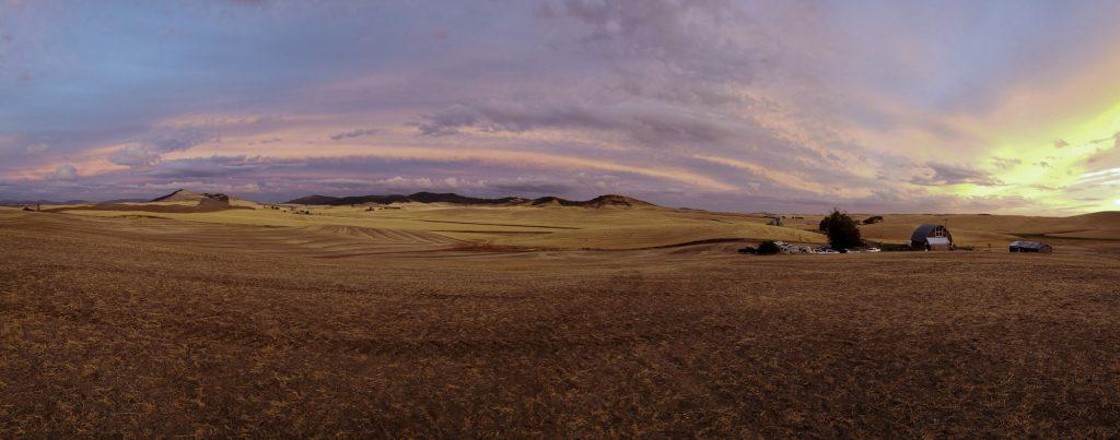 Thompson Barn Tekoa Sunset