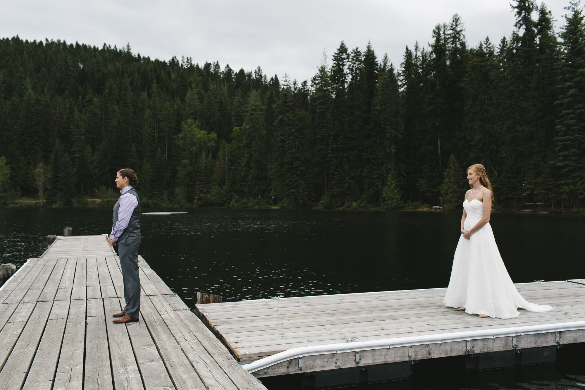 Priest Lake First Look Wedding Photographer // Emily Wenzel Photography