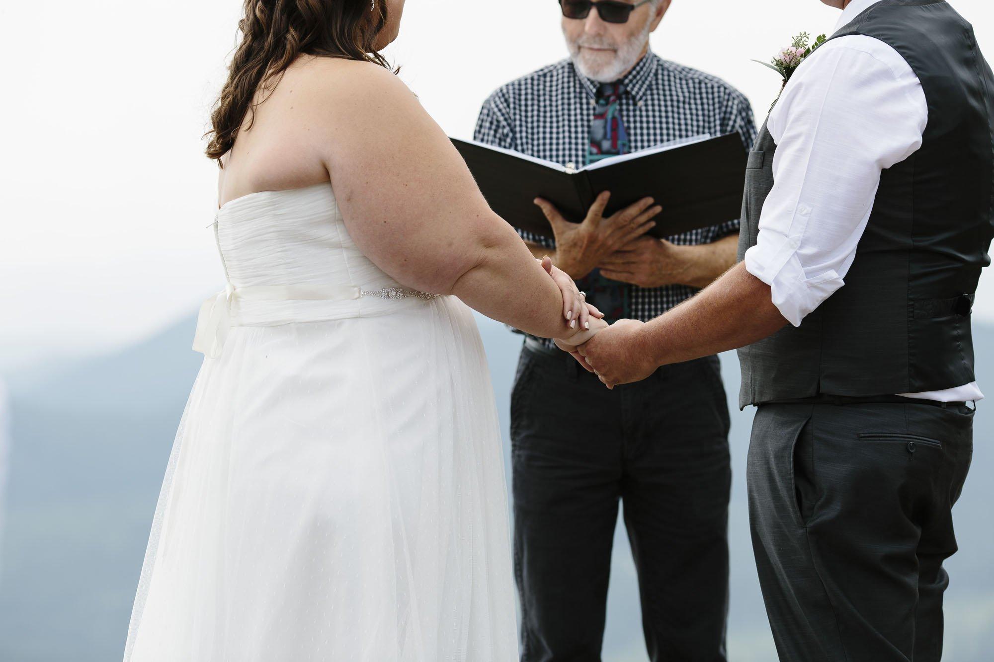 Mt Spokane Elopement Small Wedding // Emily Wenzel Photography
