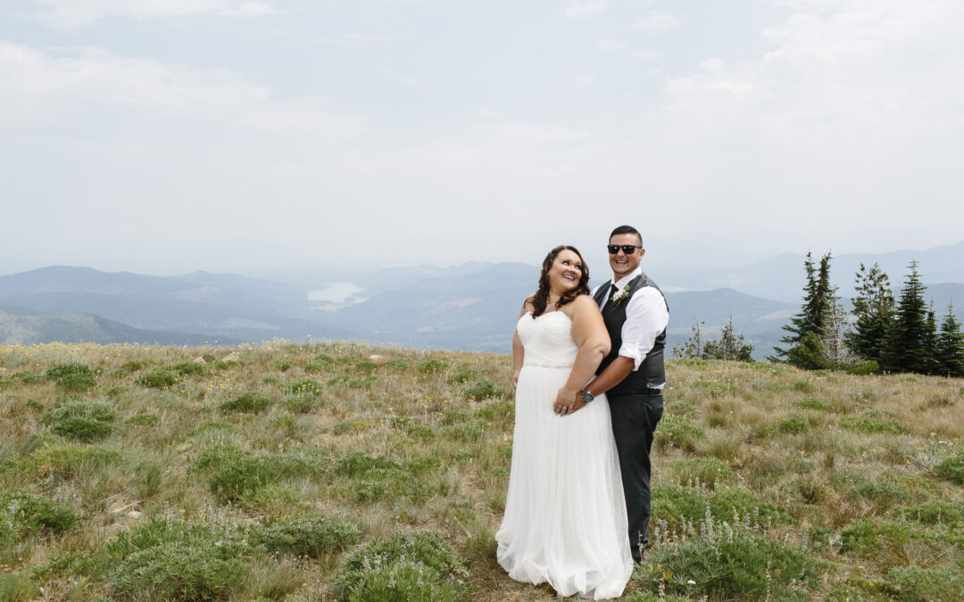 Holly + Justin – Mt Spokane Elopement // Spokane Elopement Photography