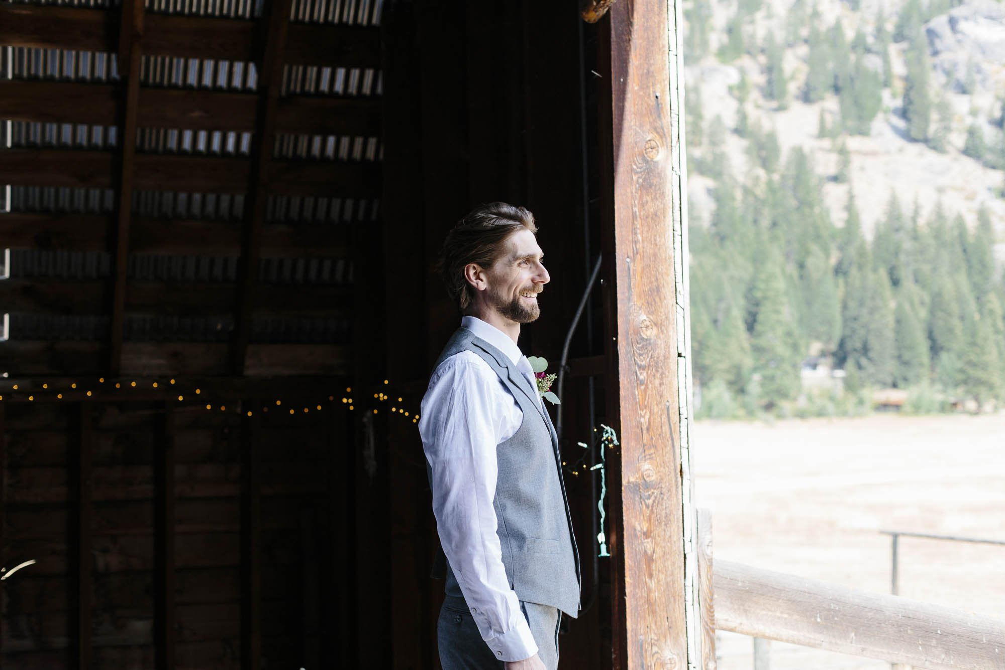 A Methow Valley First Look in the Barn