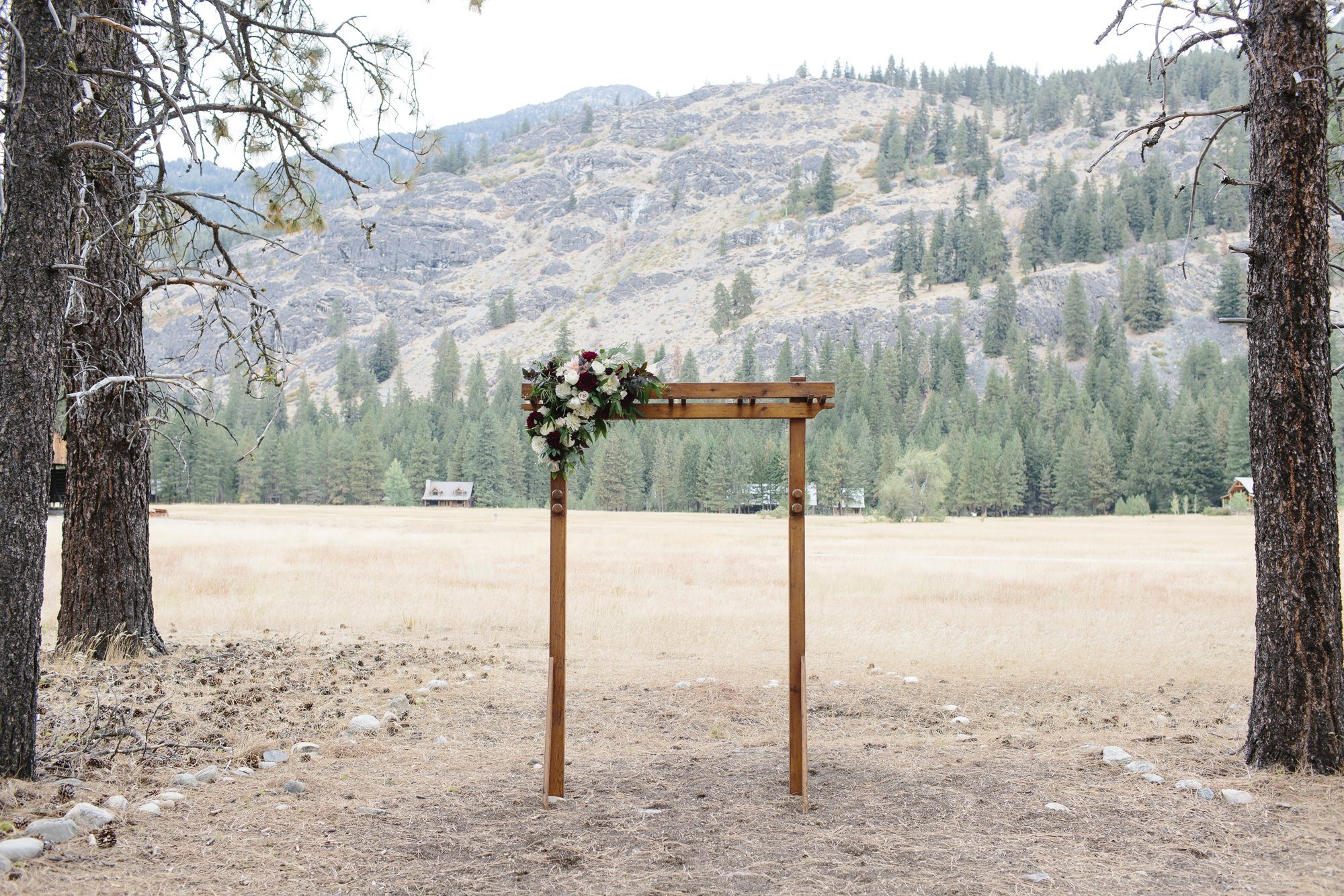 Rustic and classic wedding decor for an outdoor wedding