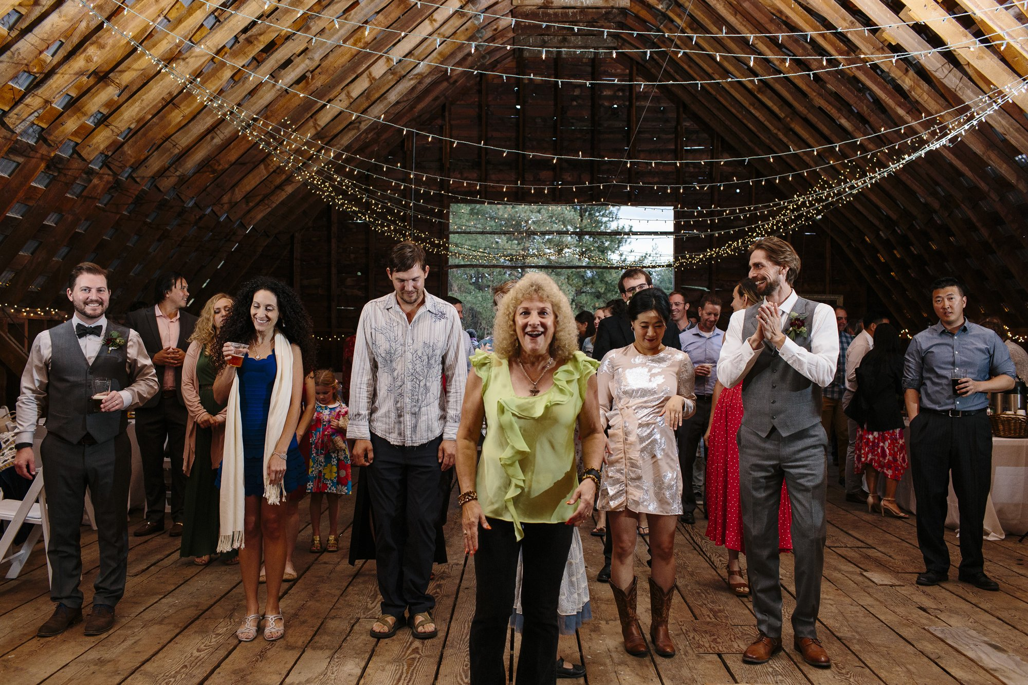 Line dancing lessons at a wedding // Mazama Ranch House