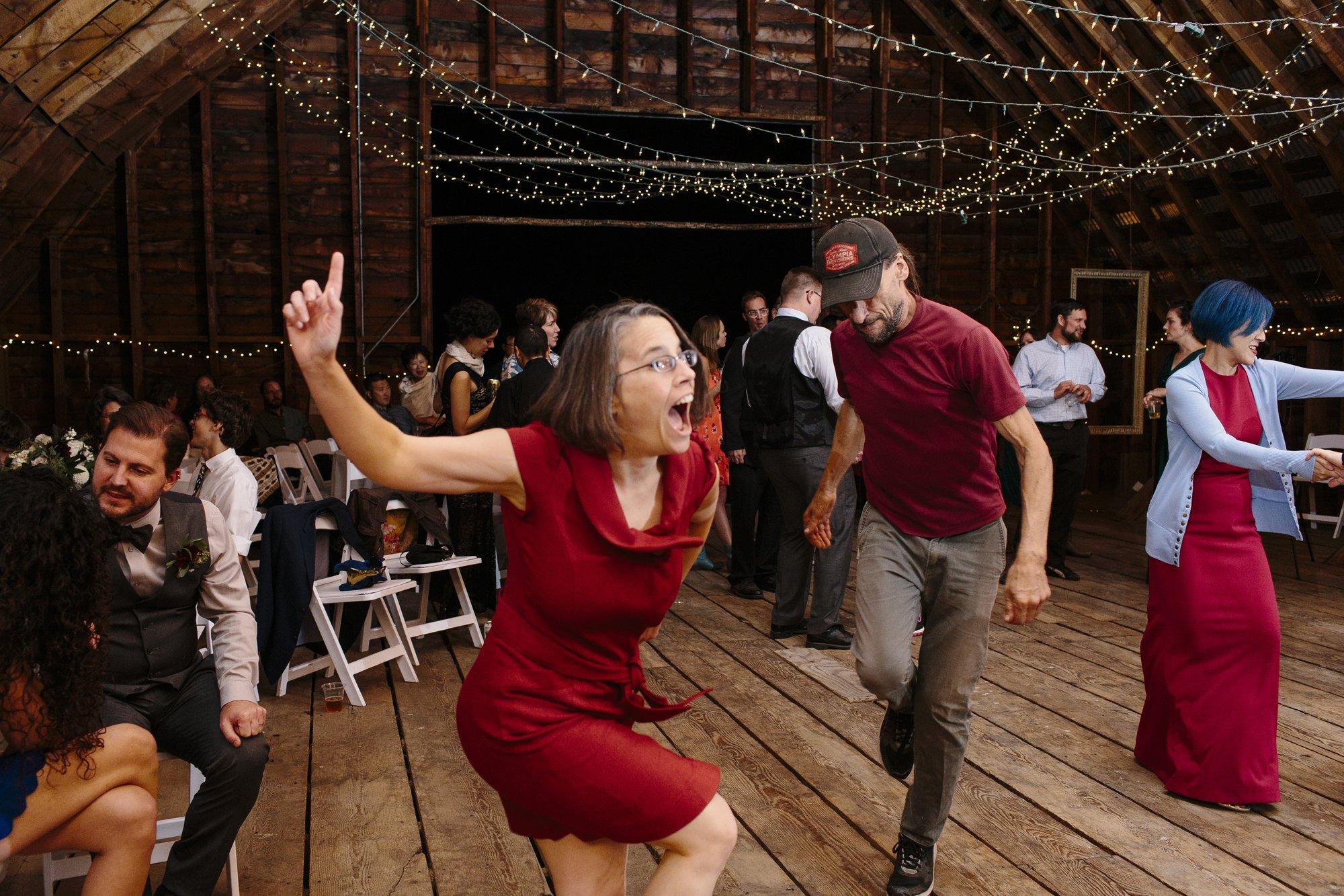Dancing at a wedding // Methow Valley Wedding Photographer