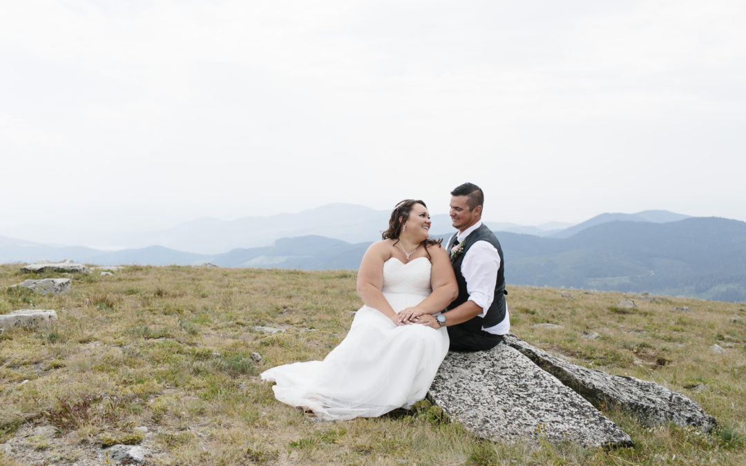 Holly + Justin – Mt Spokane Elopement // Mead Wedding Photography