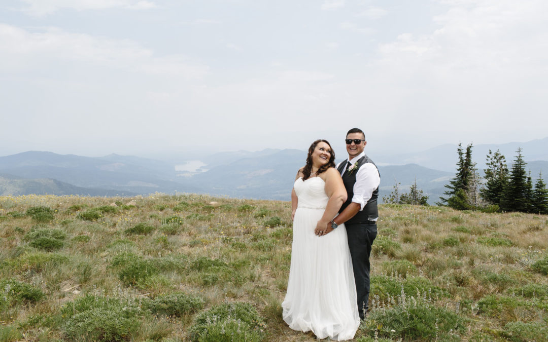 Holly + Justin – Mt Spokane Elopement // Spokane Elopement Photography